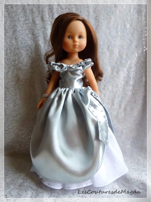 a-sissi-robe-de-poupee01