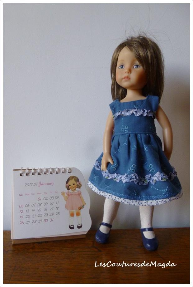 Boneka-robebleue01