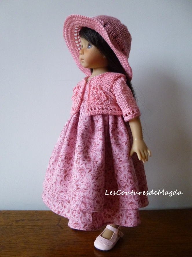 oeillets-robe-poupee04