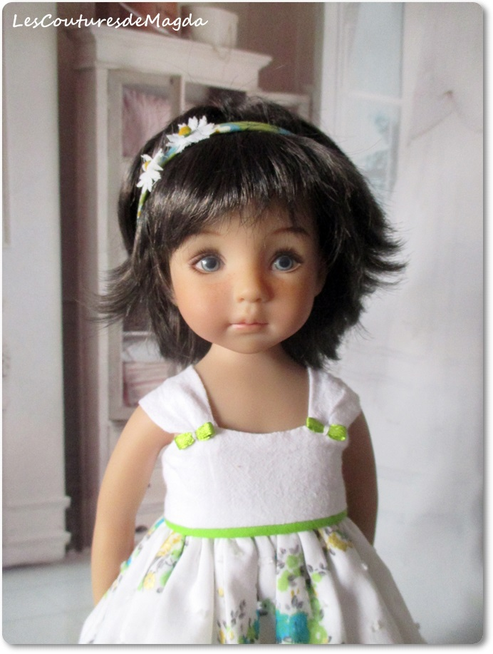 LittleDatling-brunette-C01